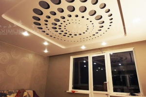 Двухуровневый резной Натяжной потолок в гостиную